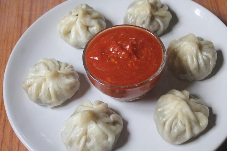veg momos recipe in hindi by foodiepooja